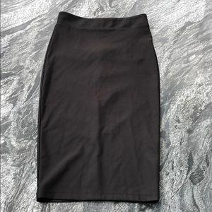 ✨Forever 21 Black Skirt ✨